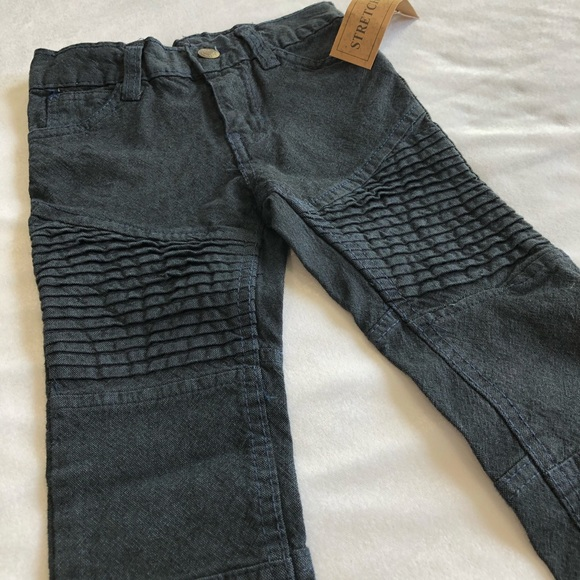 NEW 2T Jeans